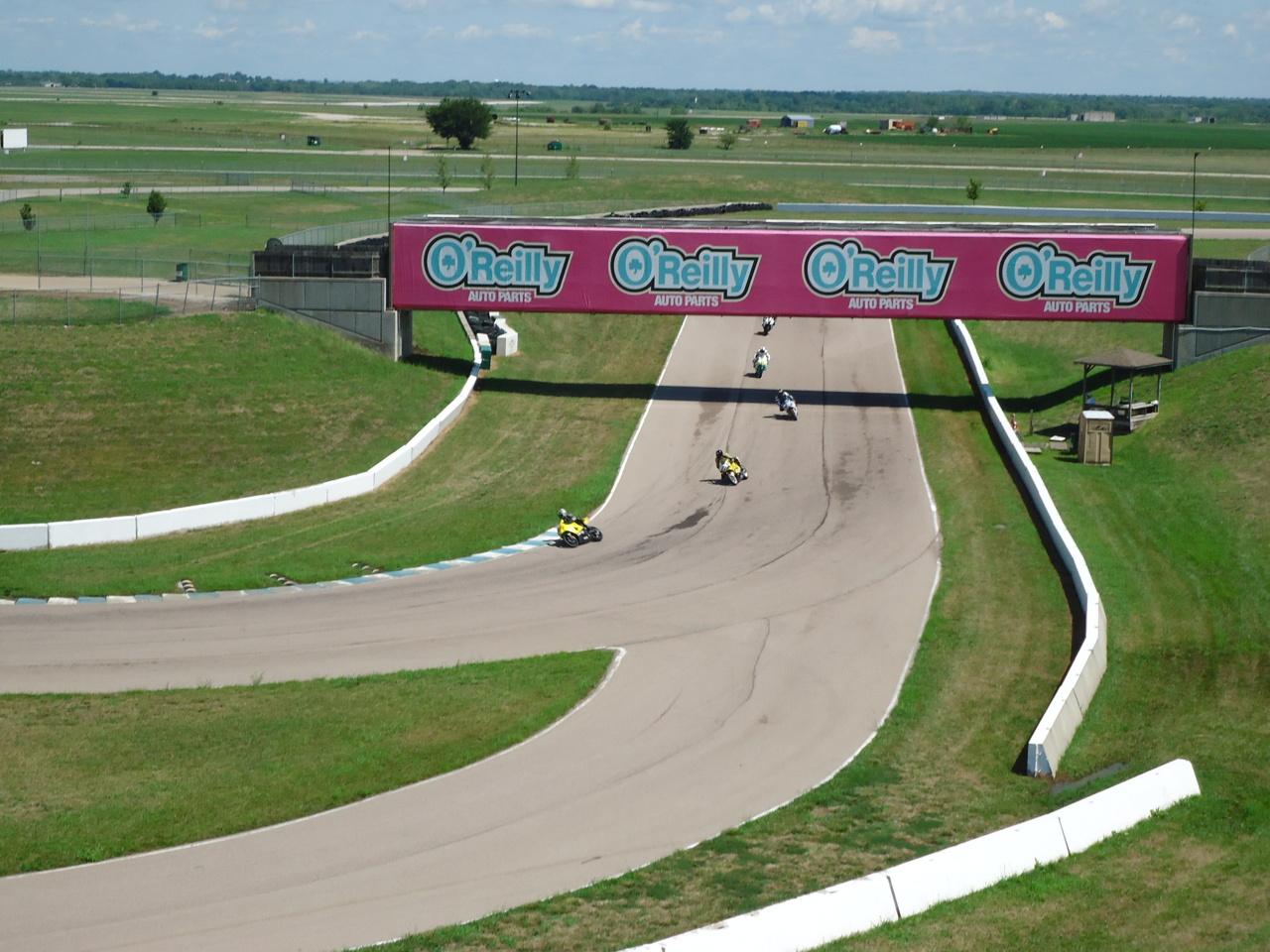 Racing at HPT 2011